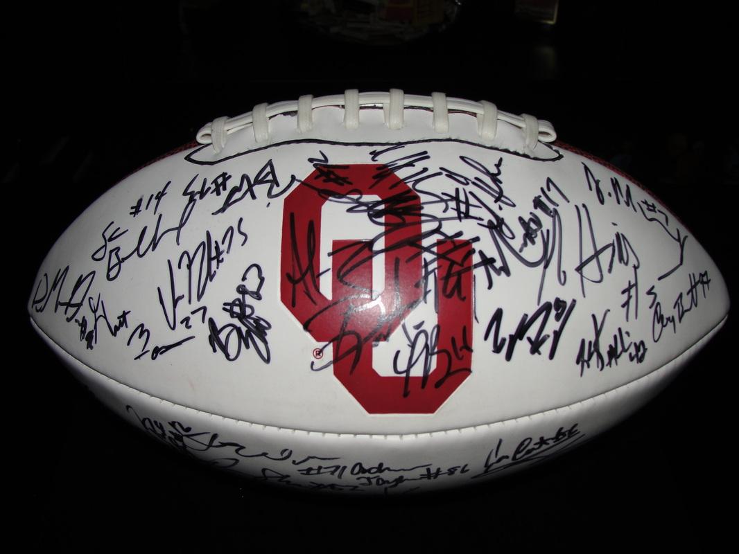 Autographed Footballs Oklahoma Sooners Game Used